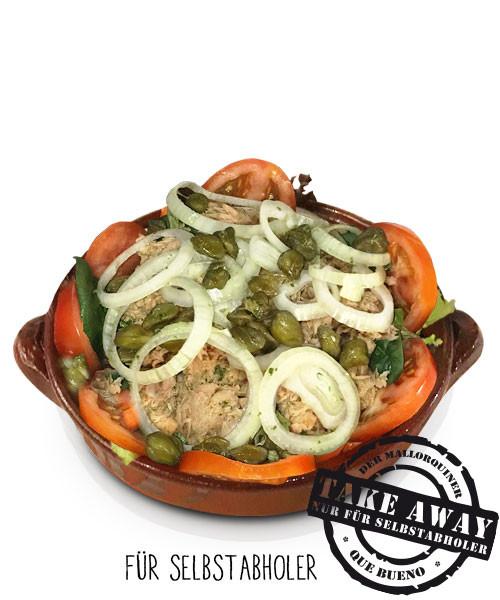 Ensalada Mallorquín Atún - Großer grüner Salat mit Thunfisch, Tomaten, Zwiebeln und Kapern